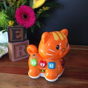 Baby Electronic Cat Toy With Music and Movement